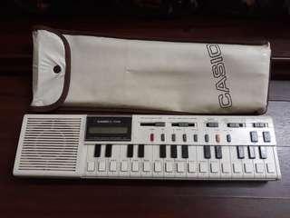 Vintage Casio Instruments 1979