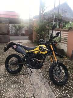 kawasaki d tracker Special edition 2018 (black yellow)