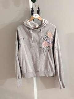 🚚 H&M floral embroidery hoodie sweater (Grey)