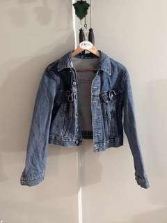 🚚 Brandy Melville dark denim jacket