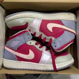 Nike Air Jordan 1 Mid GG