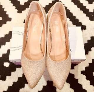 Top Heel Gold Shoes