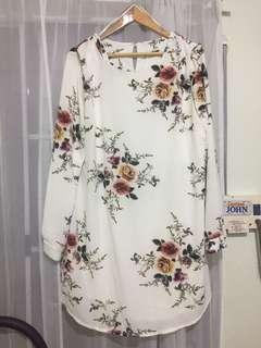 Diamond Lover Shift Dress In White Floral
