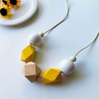 🚚 Yellomood Wood Hexagon Wooden Necklace / Geometry Necklace