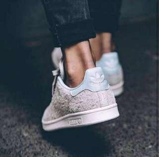 🚚 Adidas Stan Smith Crystal Blue Nude Suede sneakers shoes