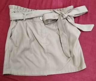 Shapes khaki skirt with tie-around belt