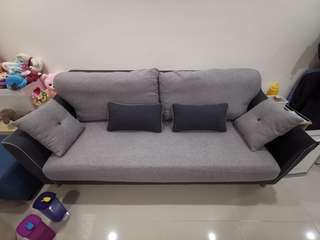 Sofa 3seaters with good condition