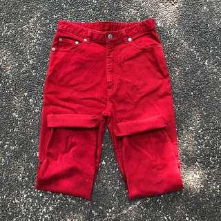 red mom jeans
