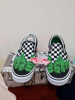 Vans slip on marvel hulk