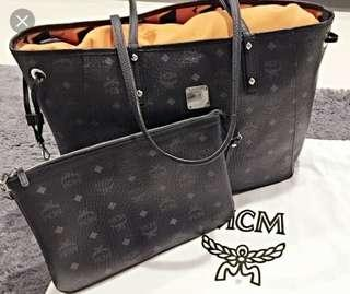🚚 Authentic MCM Reversible Tote (Large)