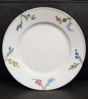Beautiful Rorstrand Sweden Cake Plate with gold trim