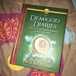 Demigod Diaries by Rick Riordan Percy Jackson series hard bound