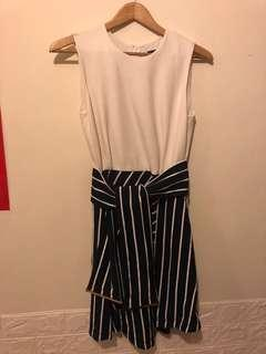 Authentic Mo & Co. dress  size S