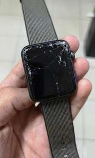 Cracked Apple i Watch Series 1