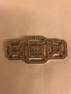 Chanel brooch - Rose gold