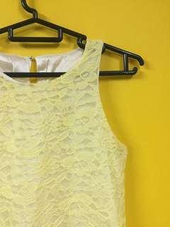 Vibrant Lace Sleeveless Tops