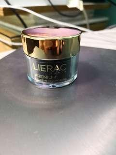 🚚 Lierac premium voluptuous cream absolute anti ageing 15 ml