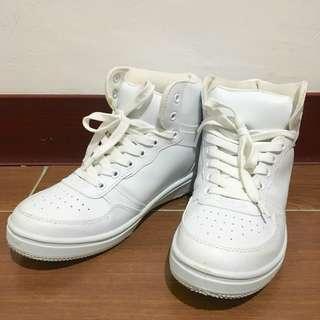 富發牌 白色高筒布鞋 尺寸 24.5