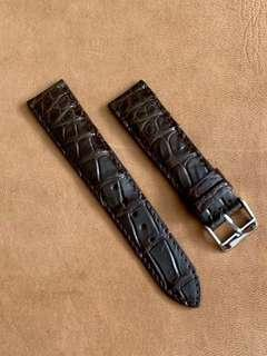 🚚 Dark Brown Crocodile Alligator Watch Strap (unique cross cross grains) 20mm@lug/18mm@buckle