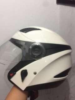 Helm zeus bagus