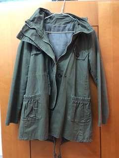 軍綠色外套 Jacket