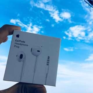 Brand New, Original!! iPhone Cable, Adapter and Earphone