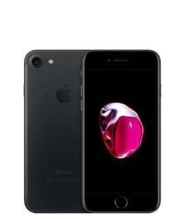 🚚 Trade Iphone 7 to 8 Plus . Willing to pay extra cash 😊
