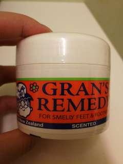 Gran's Remedy Scented Foot Powder (Sealed)