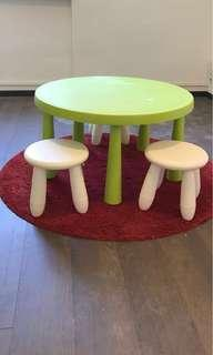 Baby activity table set