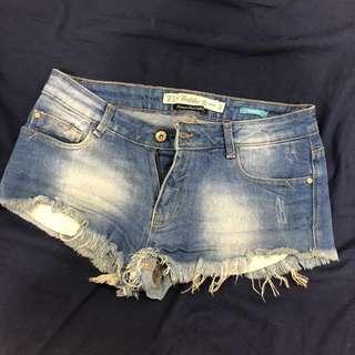 Zara牛仔短褲
