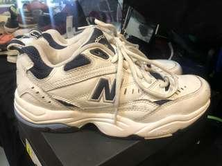 New Balance 609 Womens Shoes 8.5 Pre Owned