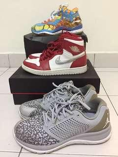Uk6.5/us7.5 Sneakers Combo
