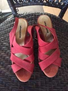 Obermain wedges heel