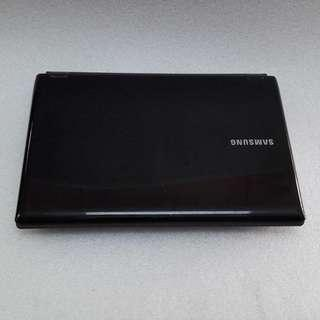 $299 Samsung RF411 Preowned Intel Core i7-2nd Gen with Intel HD Graphics