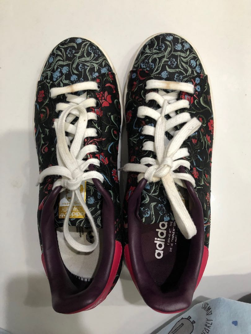 b61ad60866a07 Adidas Stan Smith Merlot Edition, Women's Fashion, Shoes on Carousell