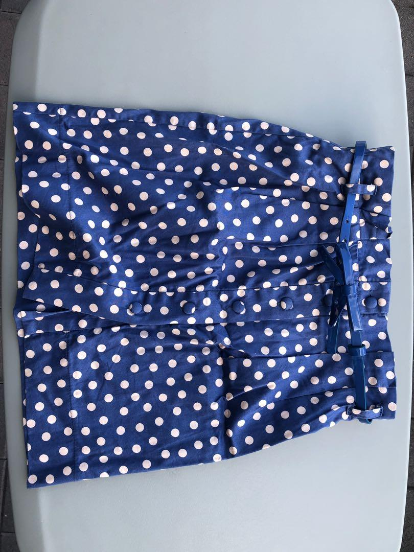 Formal skirt with belt