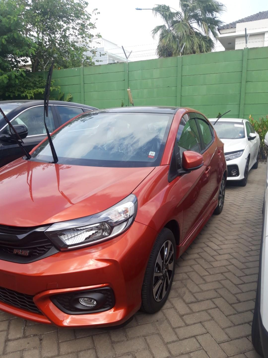 Honda all new brio RS NIK 2019 BEST PROMO ! Free service 4 tahun hingga 50 rb km