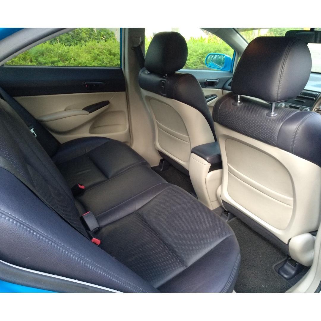 Honda Civic 1.6 - Sporty, Comfortable, Safe with GOJEK Rental Rebate !!
