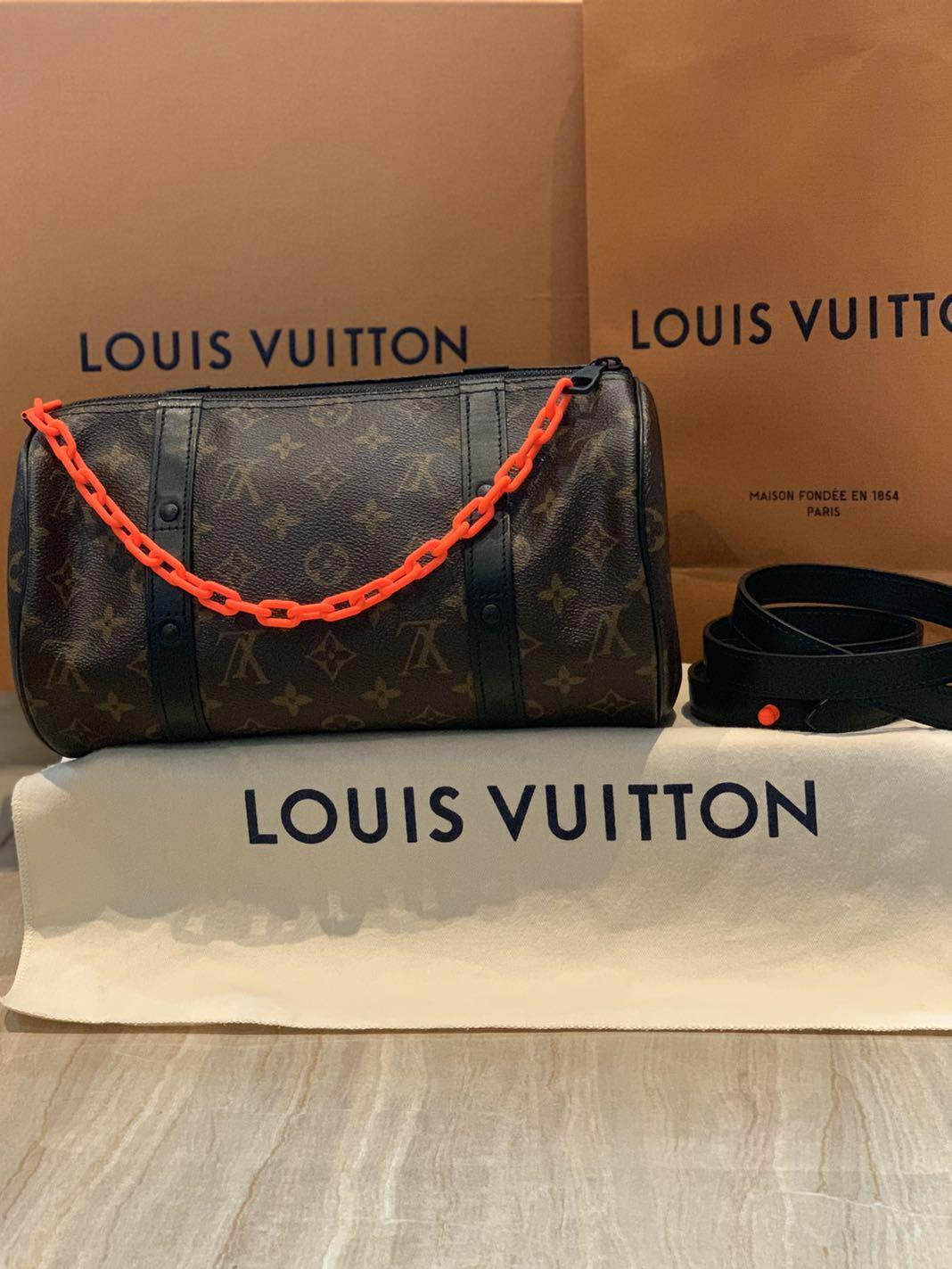 afc6b5a4822 Louis Vuitton Papillon Messenger Virgil Abloh, Luxury, Bags ...
