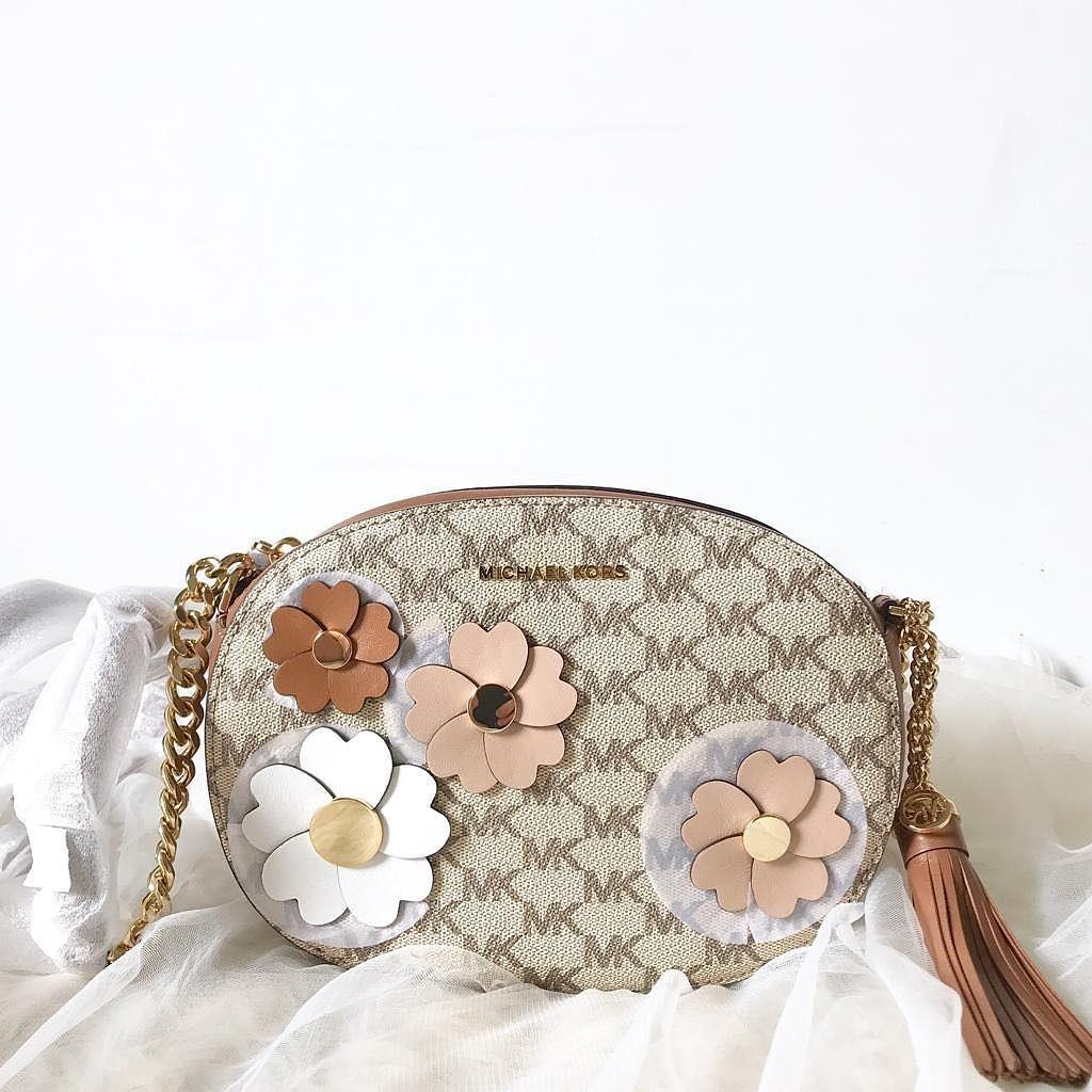 Michael kors floral applique GINNY ND MESSENGER Nat-lugg size: 21,5cm x 16cm