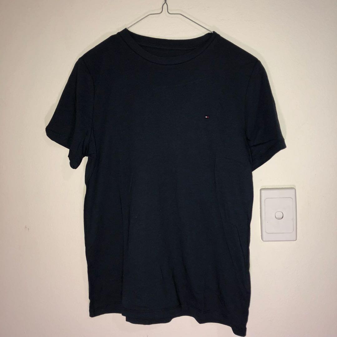 Navy Tommy Hilfiger Tshirt