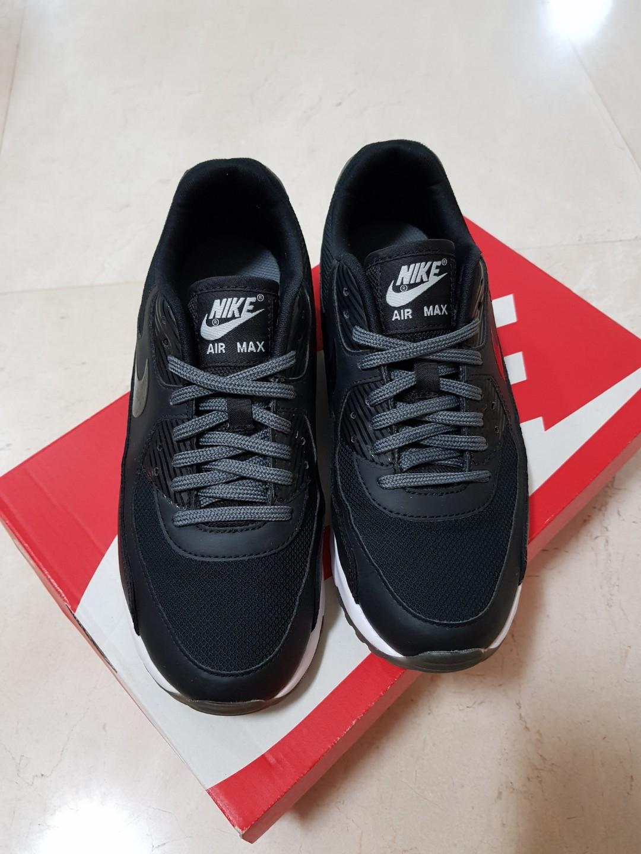 Nike Air Max 90 Ultra Essential Women's | Size?