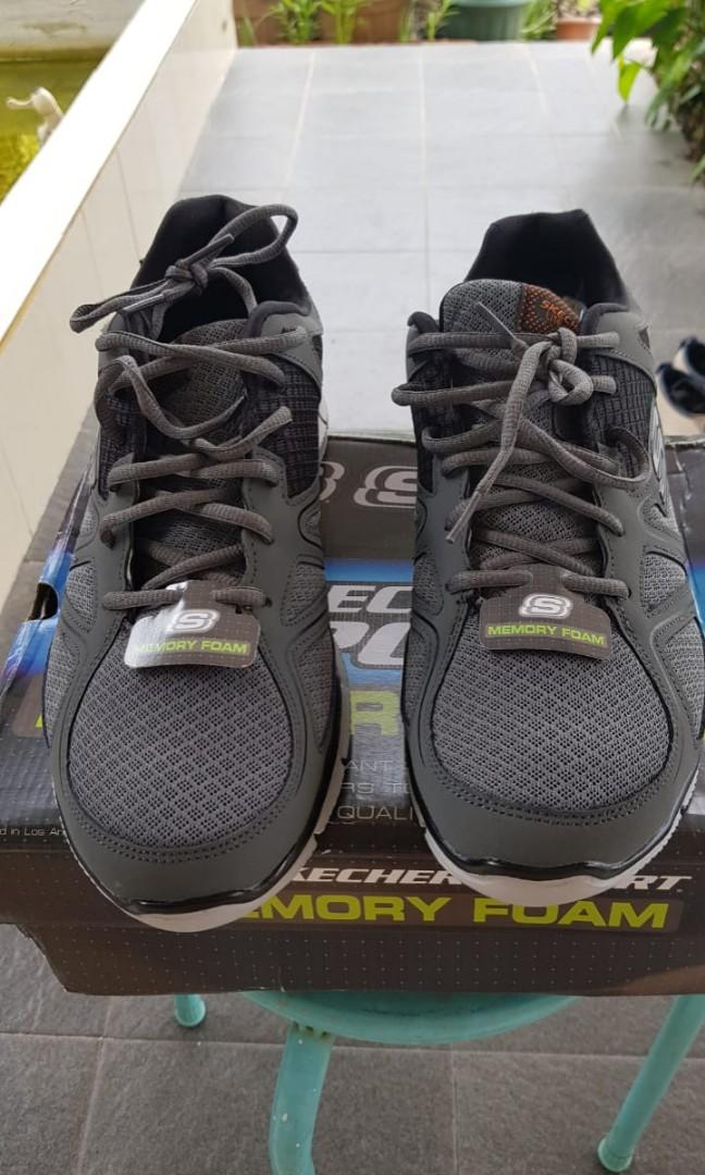 Sepatu Skechers BNOB