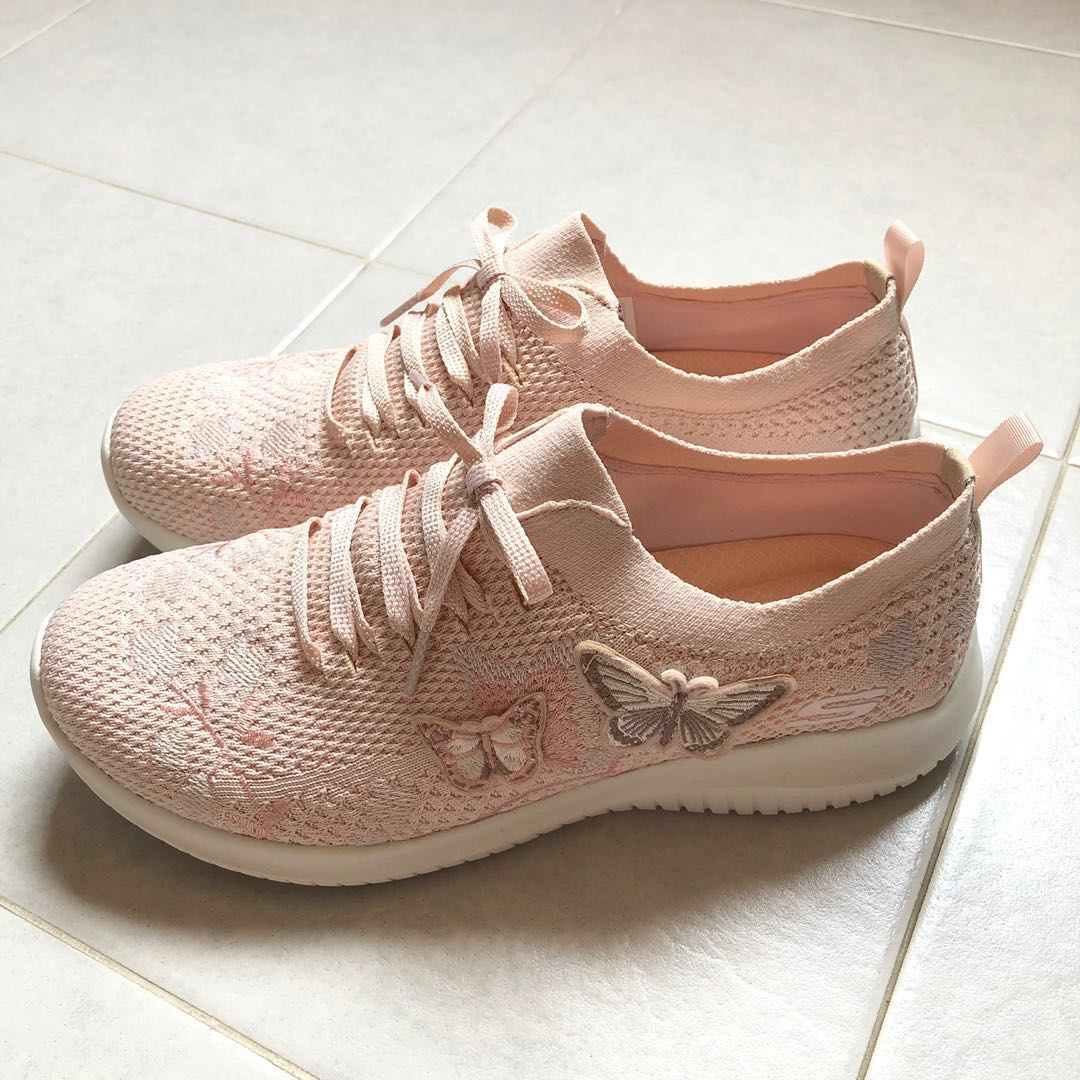 Skecher Light Pink Sneaker With Butterfly Design🦋