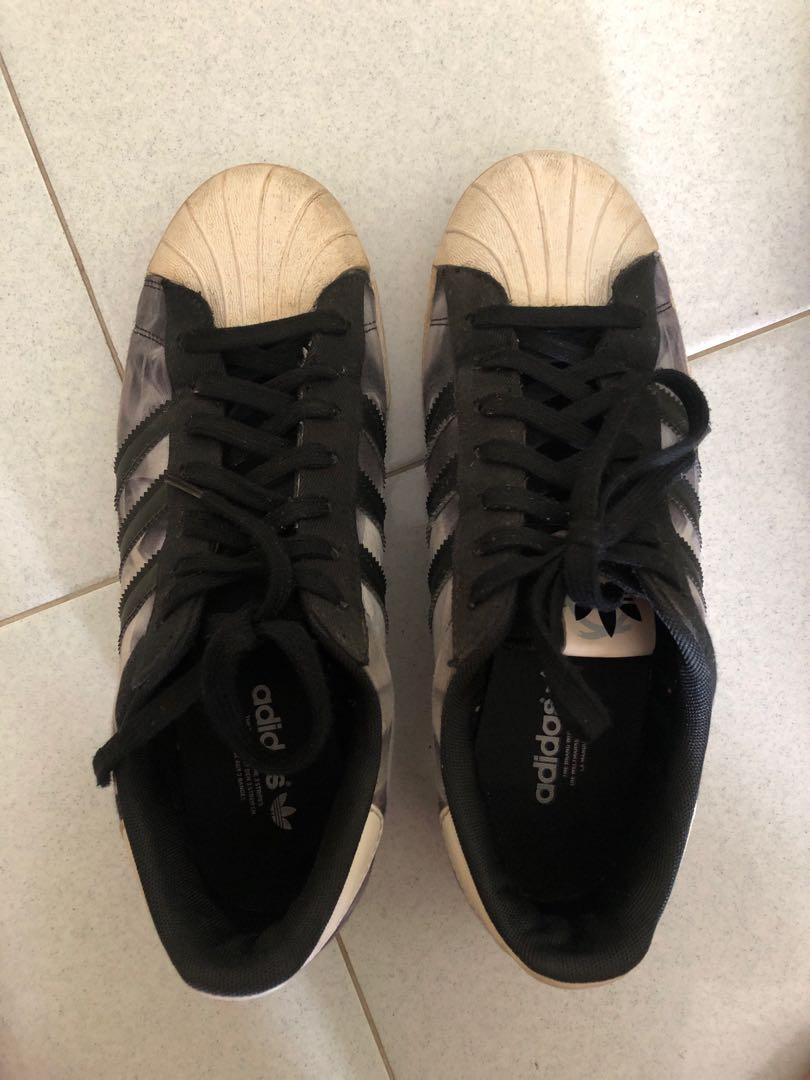 super popular 474ca 3f90a Used Adidas Superstar Floral black