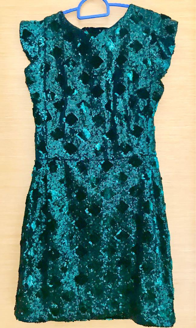 86980aee Zara Forest Green Sequin Dress, Women's Fashion, Clothes, Dresses ...
