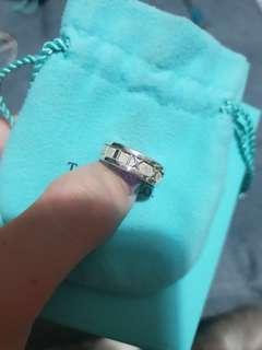 🚚 Tiffany & Co Ring