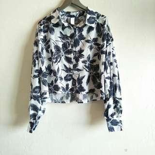 Floral Black White Long Sleeve Crop Top