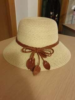 🚚 Muji Hat