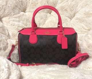 🚚 Bennett Neon Pink Bag
